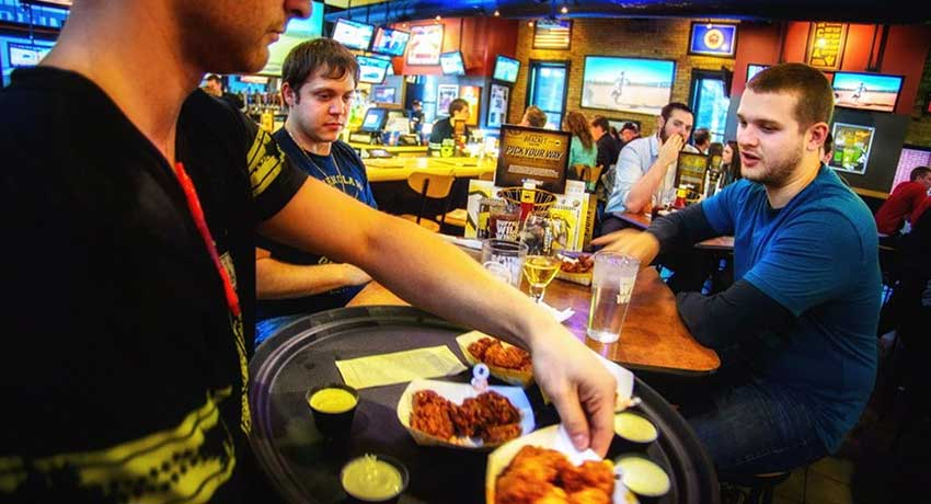 Buffalo Wild Wings Launches Mobile Sports Betting App